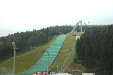 Vogtland Schanze Klingenthal Schnee oder auch im grünen schön